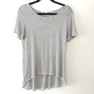 {Les Amis} Striped High-Low Soft Flowy Tee Sz. L
